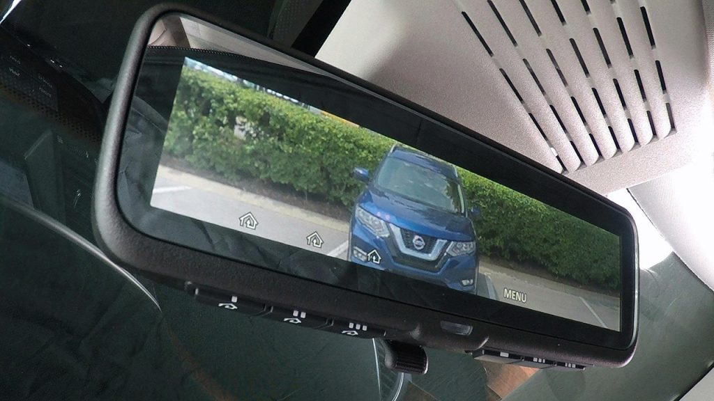 Зеркало Intelligent Rear View Mirror от Nissan