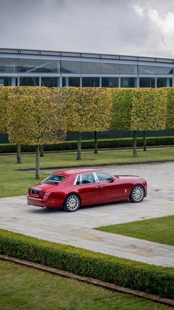 Rolls-Royce Phantom Magma Red